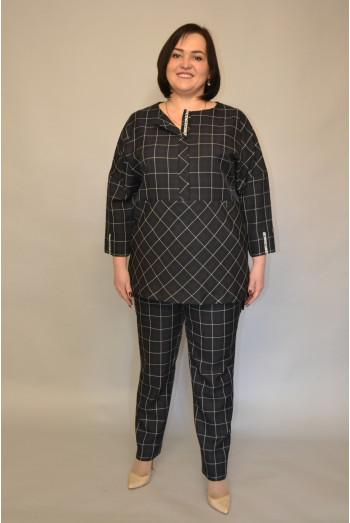 131. Блуза из костюмной ткани
