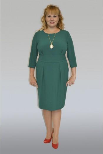 643. Зеленое платье с широким поясом