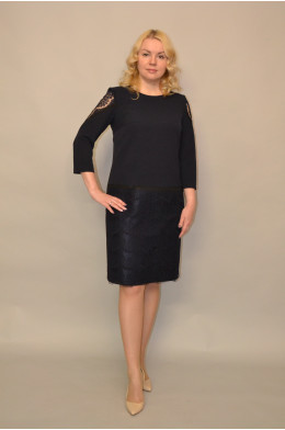 972. Платье из Крепа
